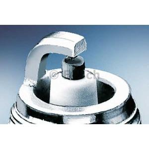 BOSCH 0242225538 Spark plug