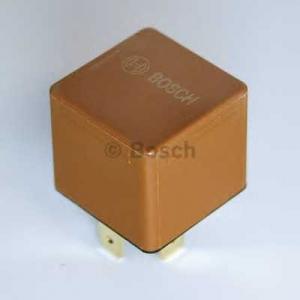 BOSCH 0332019151 Реле, топливный насос, Реле