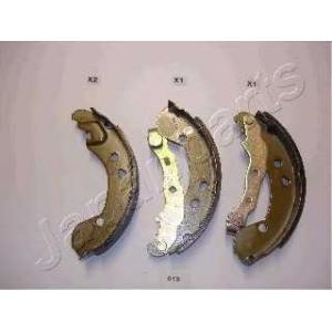 JAPANPARTS GF013AF Комплект тормозных колодок