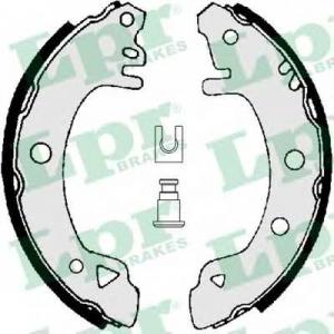 LPR 01380 Тормозные колодки барабанные