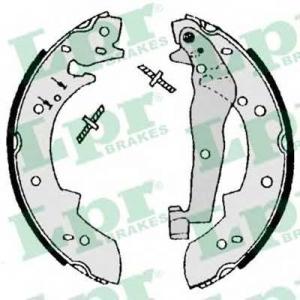 LPR 07050 Тормозные колодки барабанные
