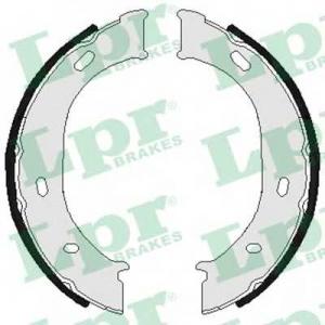 LPR 07960 Тормозные колодки барабанные