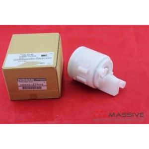 NISSAN 164002Y505 Фильтр топливный