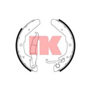 NK 2747370 Комплект тормозных колодок