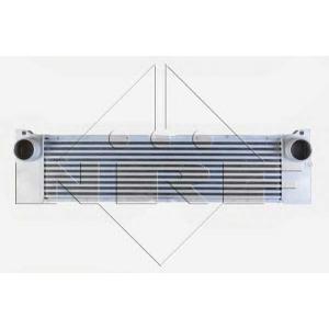 NRF 30521 Радиатор охлаждения воздуха