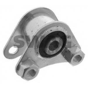 SWAG 70130010 Опора двигуна