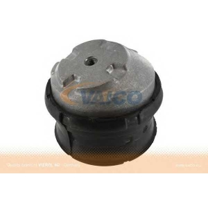 VAICO V30-1117 Silent block