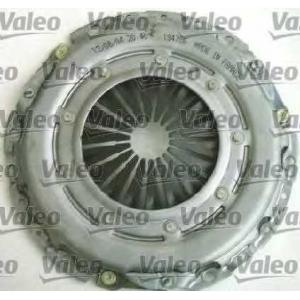 VALEO 826 550 Комплект сцепления C5/206/206/307/407 DV6 225x225x18